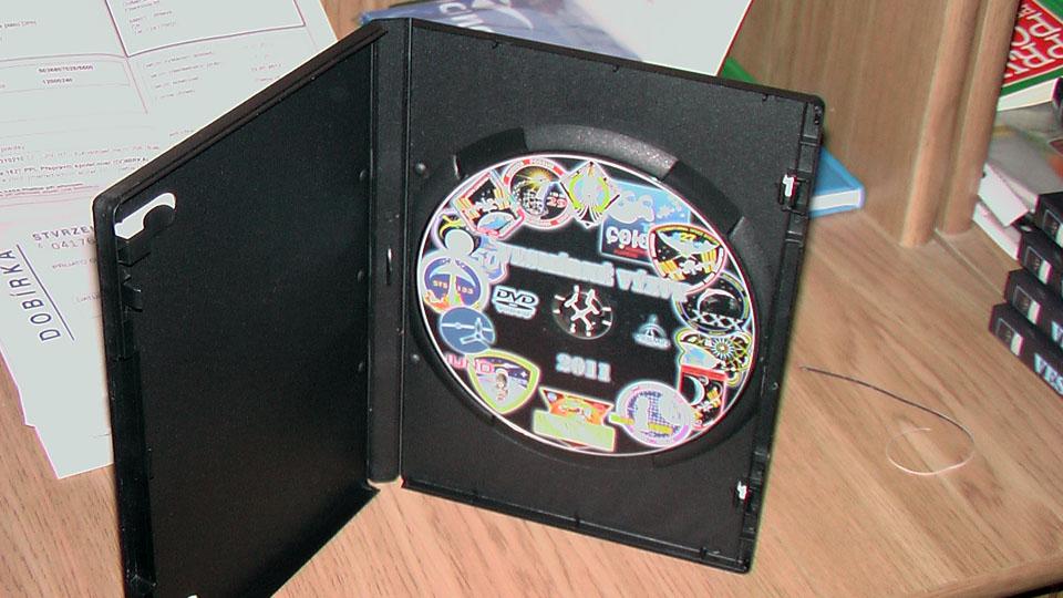 http://forum.kosmonautix.cz/dokumenty/VV2011/IMGA0200.JPG