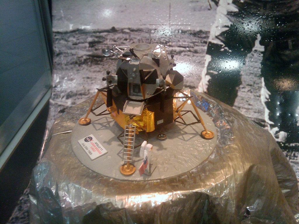 http://forum.kosmonautix.cz/dokumenty/Vystava_Citypark/IMAG0471.jpg