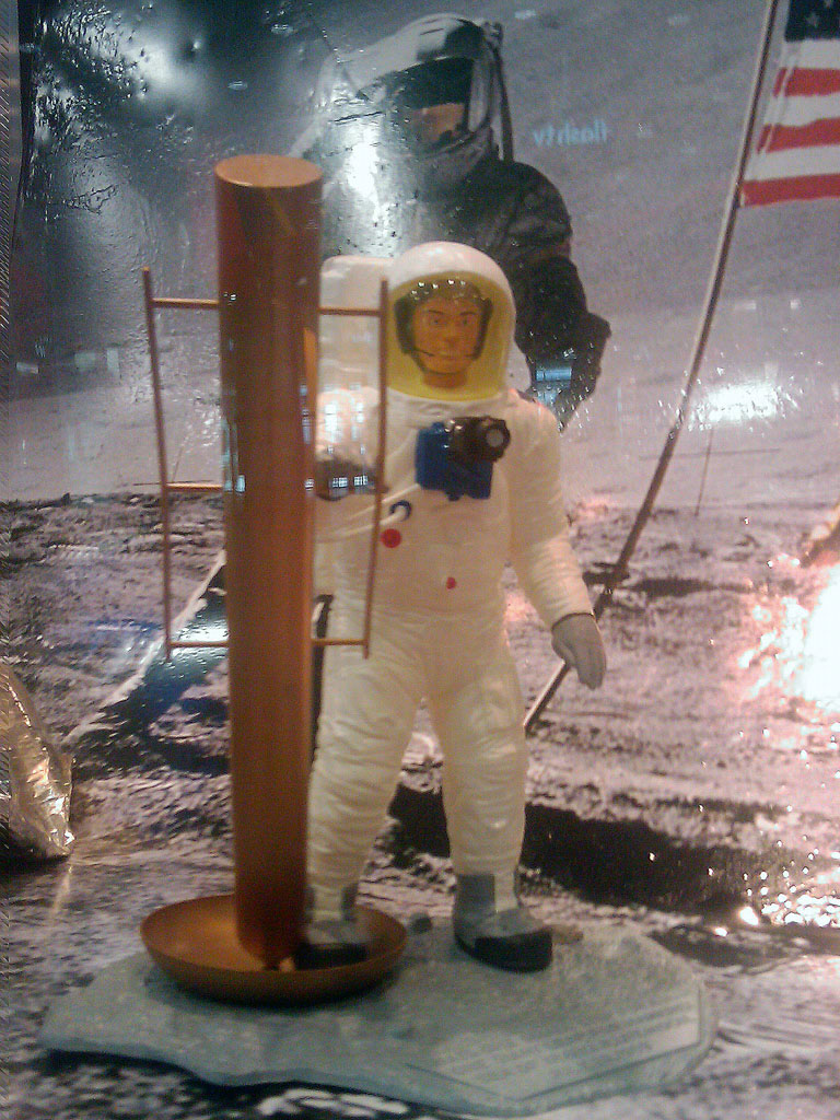 http://forum.kosmonautix.cz/dokumenty/Vystava_Citypark/IMAG0472.jpg