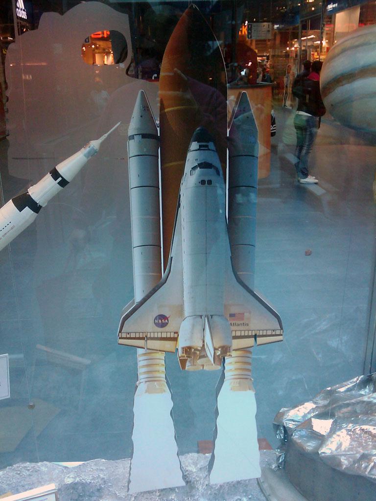 http://forum.kosmonautix.cz/dokumenty/Vystava_Citypark2/IMAG0543.jpg