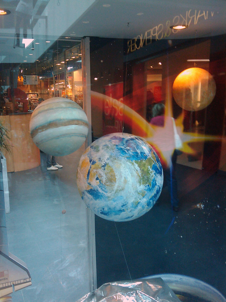 http://forum.kosmonautix.cz/dokumenty/Vystava_Citypark2/IMAG0545.jpg