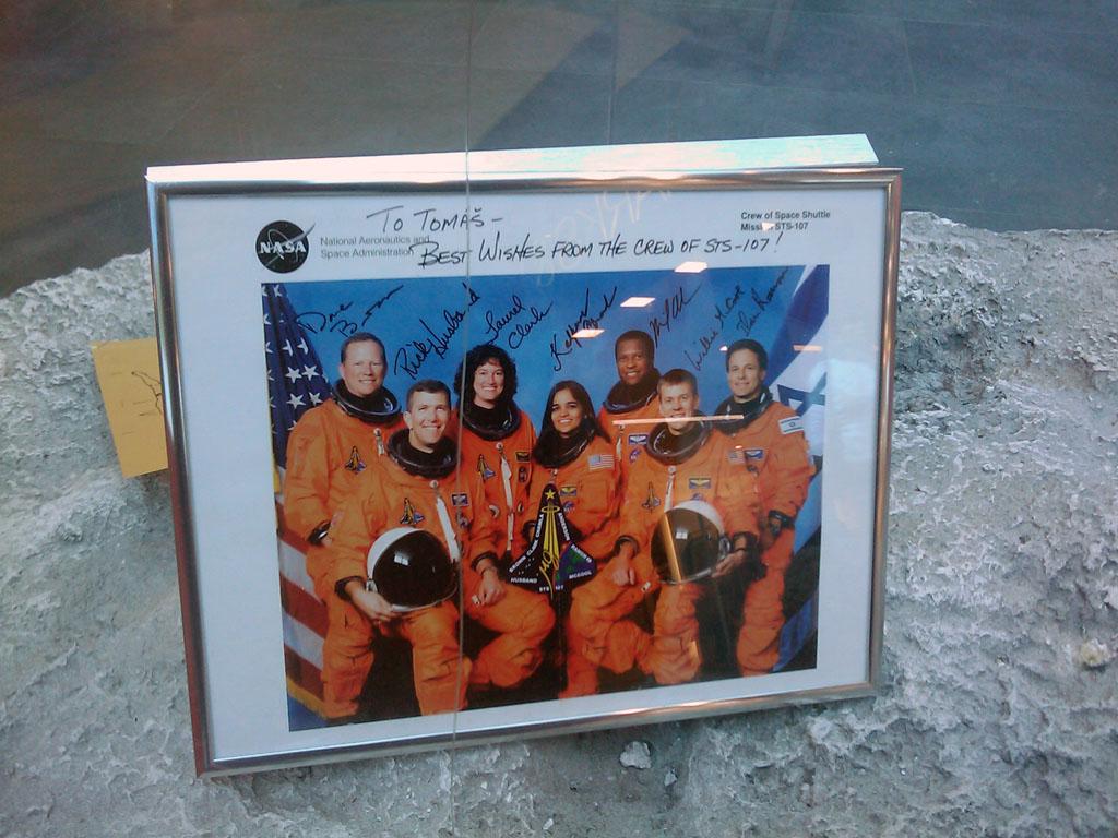 http://forum.kosmonautix.cz/dokumenty/Vystava_Citypark2/IMAG0547.jpg
